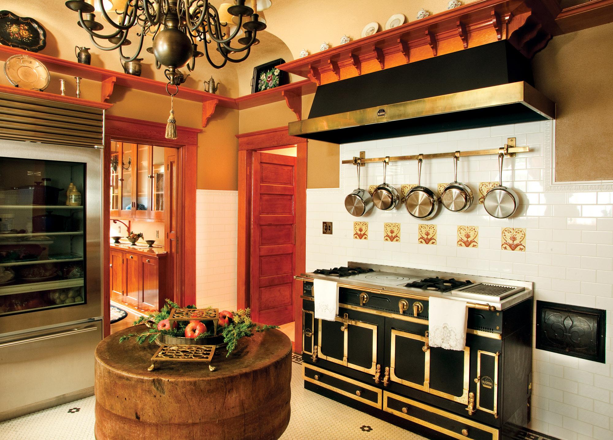 Colonial Revival Vintage Kitchen