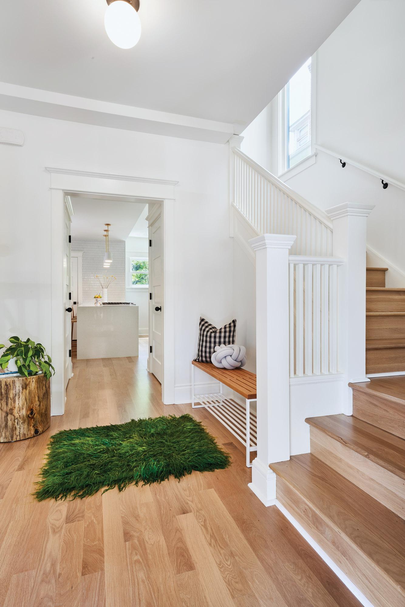 05_Karasawa_Quimby_entry_stairs_05191_bjk