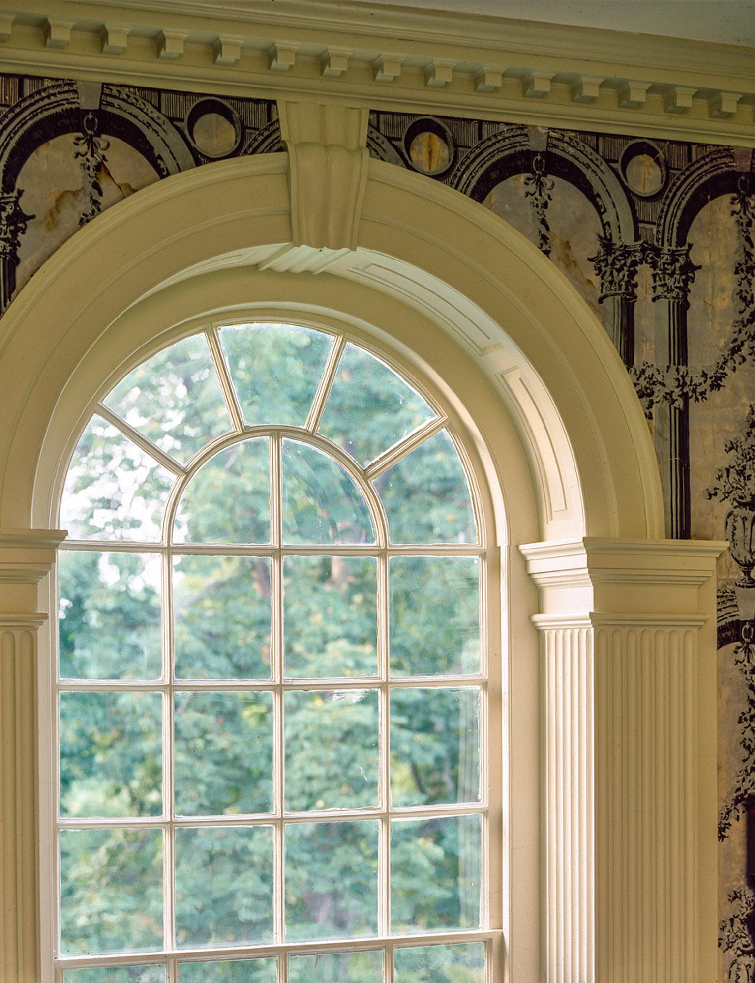 cream pilasters, Georgian style