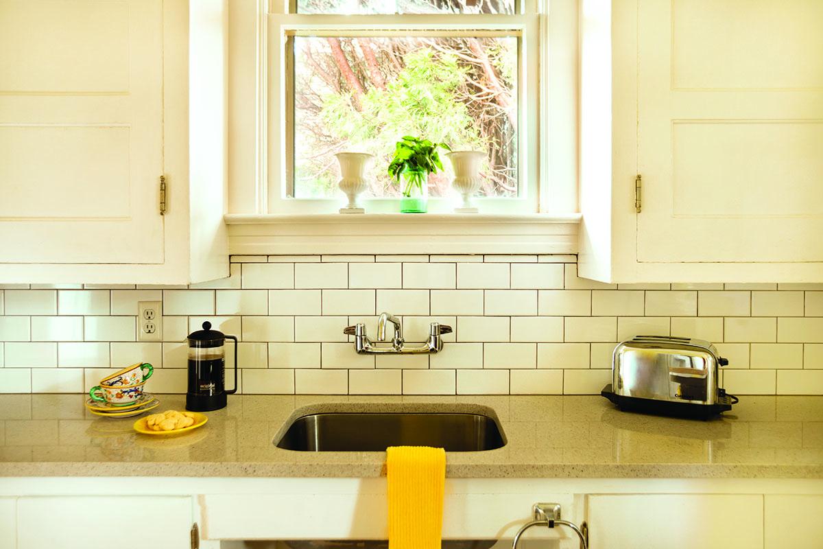 07_backsplash-sink-and-counter-kitchen_redo_9832_gn
