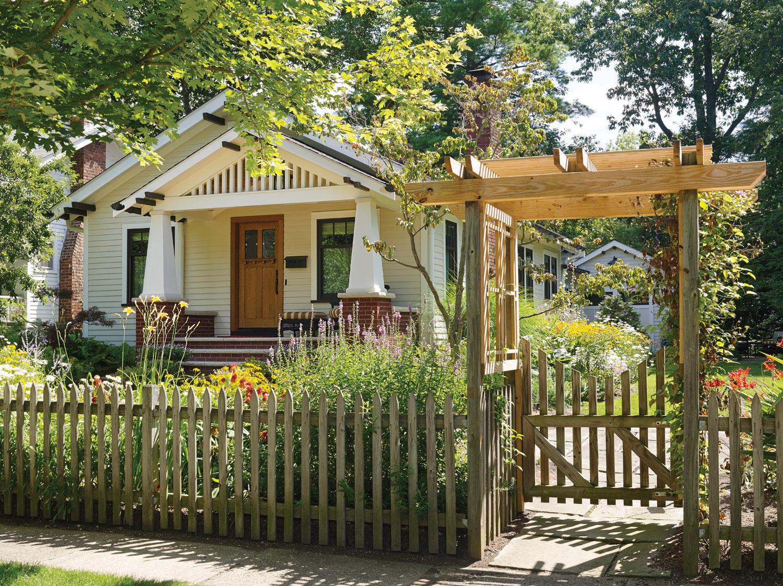 bungalow garden, bungalow exterior
