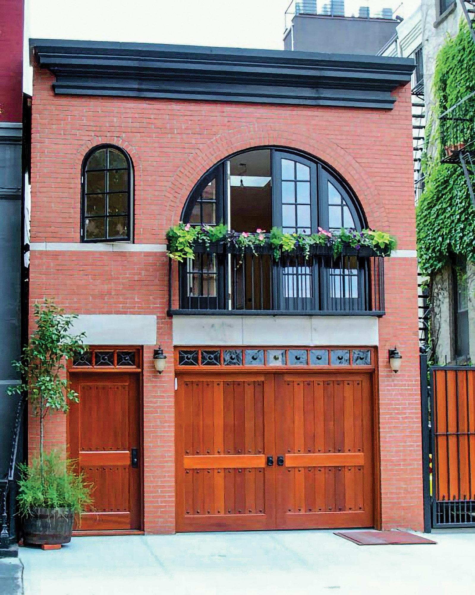 Period-appropriate Garage Doors