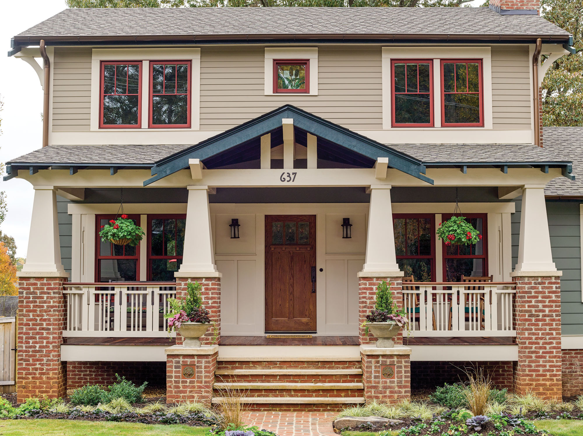 Craftsman makeover, Arts & Crafts home
