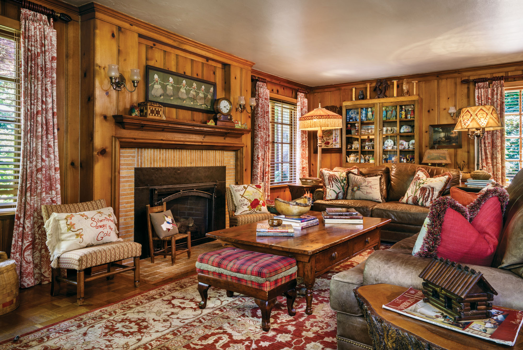 1930s style family room