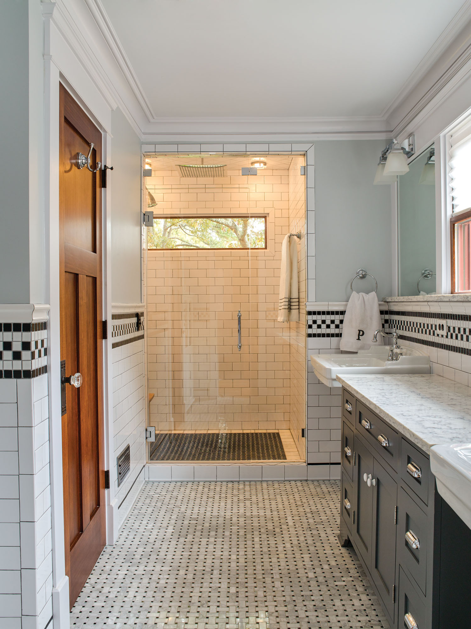 vintage bathroom, Arts & Crafts bathroom makeover, Arts & Crafts tile