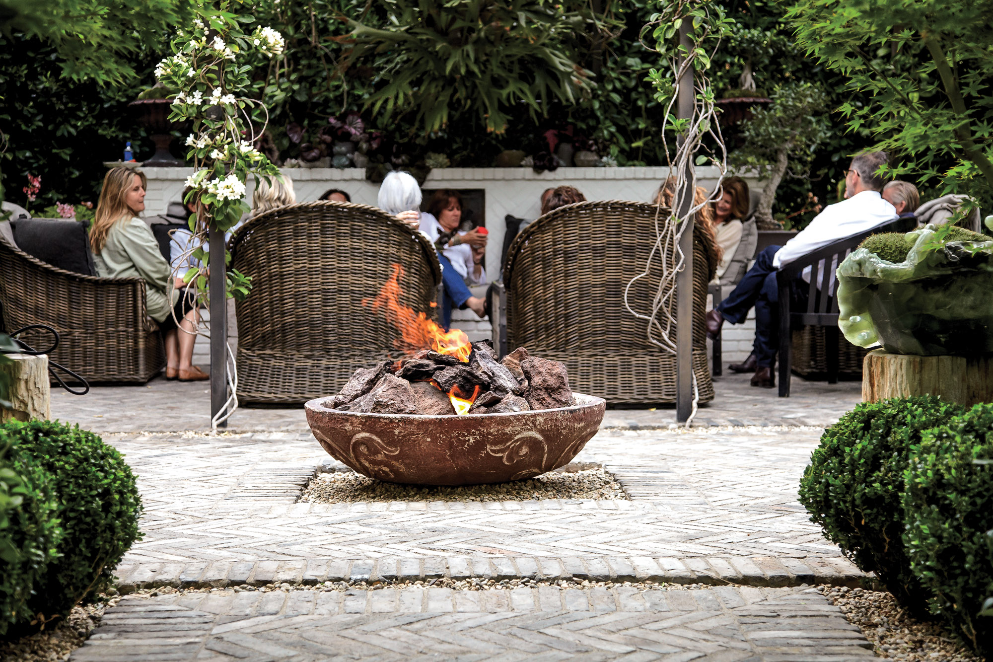 fire pit, outdoor seating