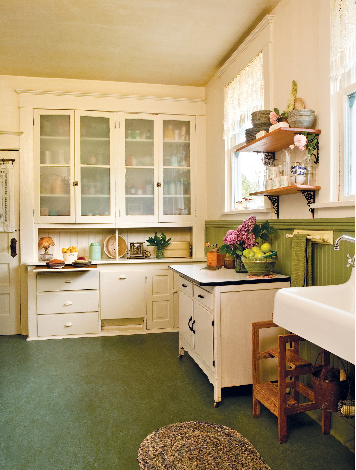True Vintage Kitchen - Old House Journal Magazine