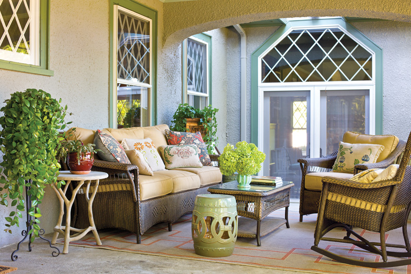 1b-ext-porch-gdphoto_wilkie_02_gn