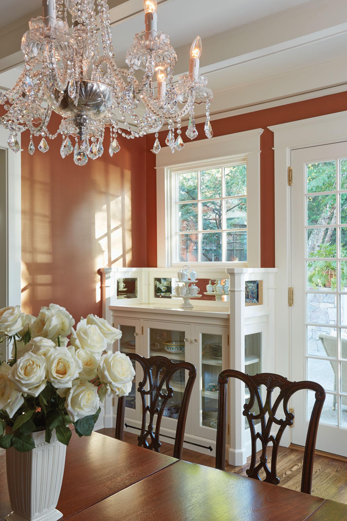 ARts & Crafts dining room by David Heide Design