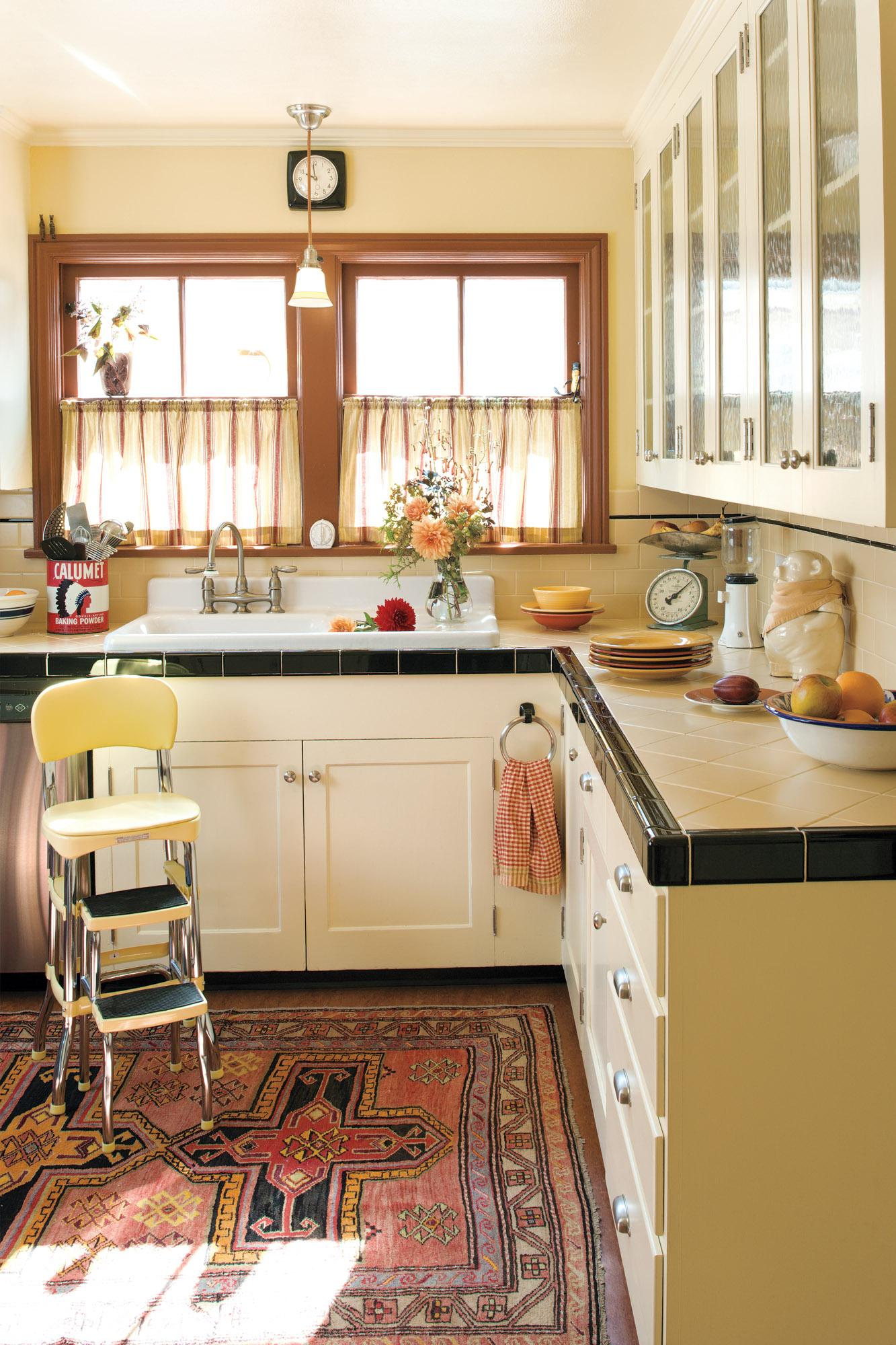 Tudor kitchen, vintage sink