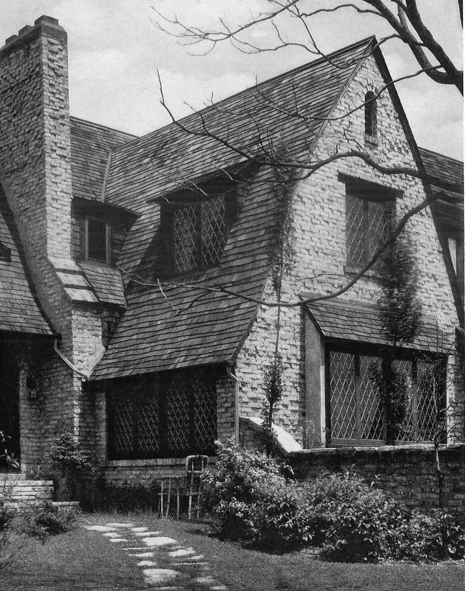Skintled brick house, Winnetka