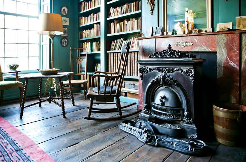 Old house library
