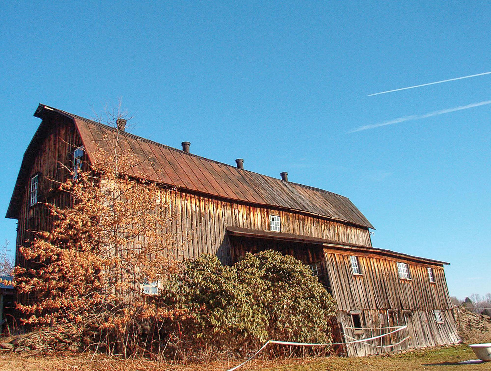 dilapidated Pennsylvania barn, reclaimed wood