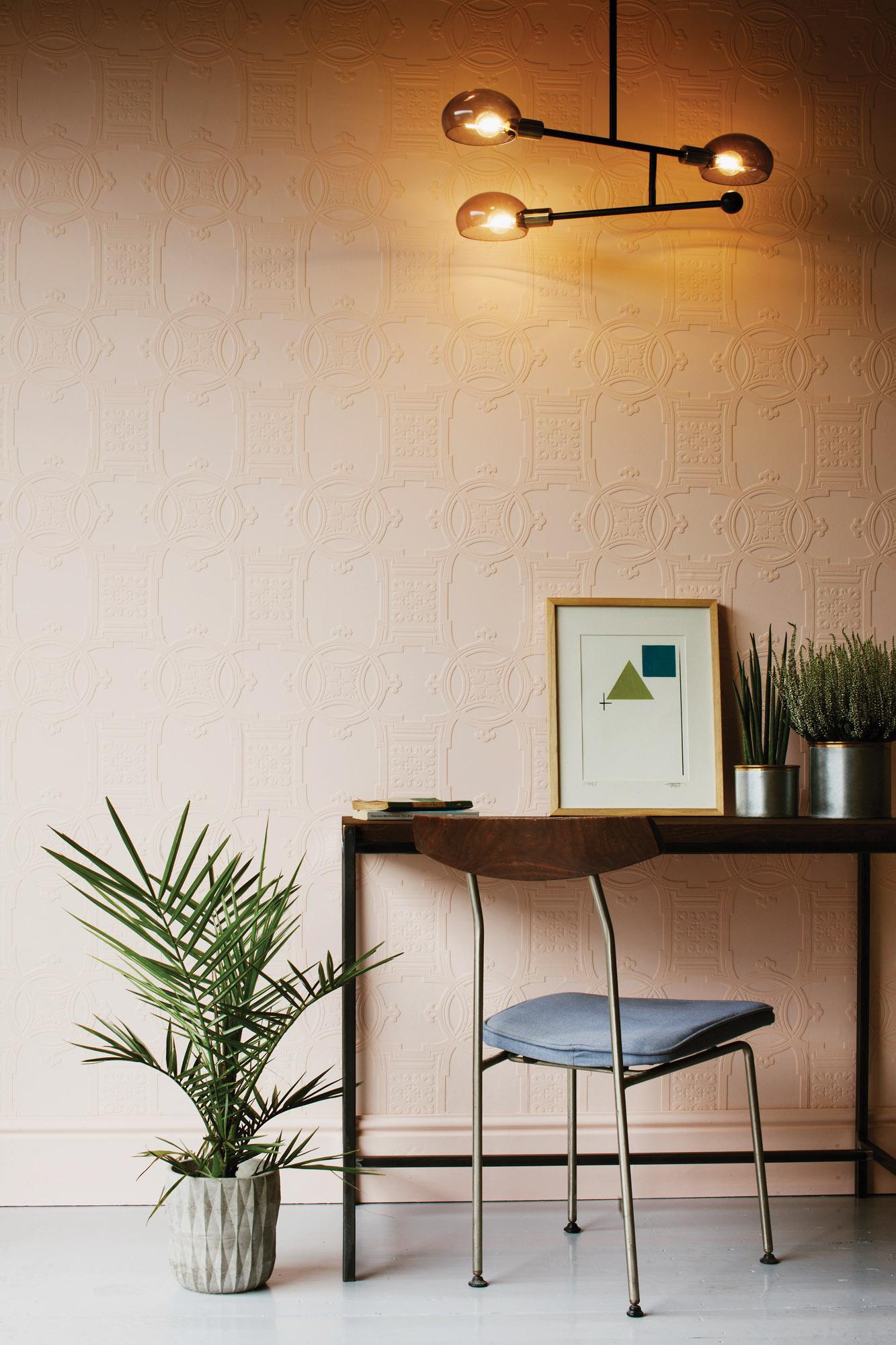 3 WallpaperDirect Early Victorian Room shot 1_bjk