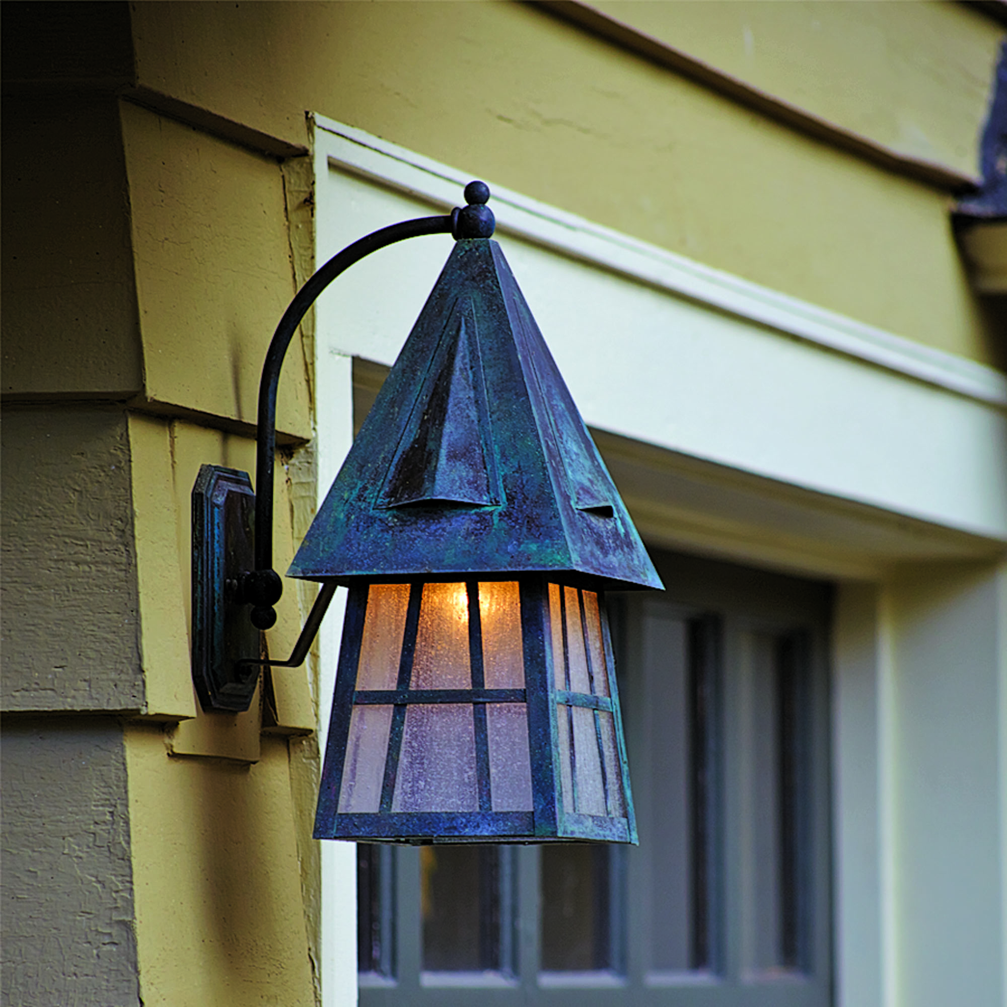 European Country Lantern