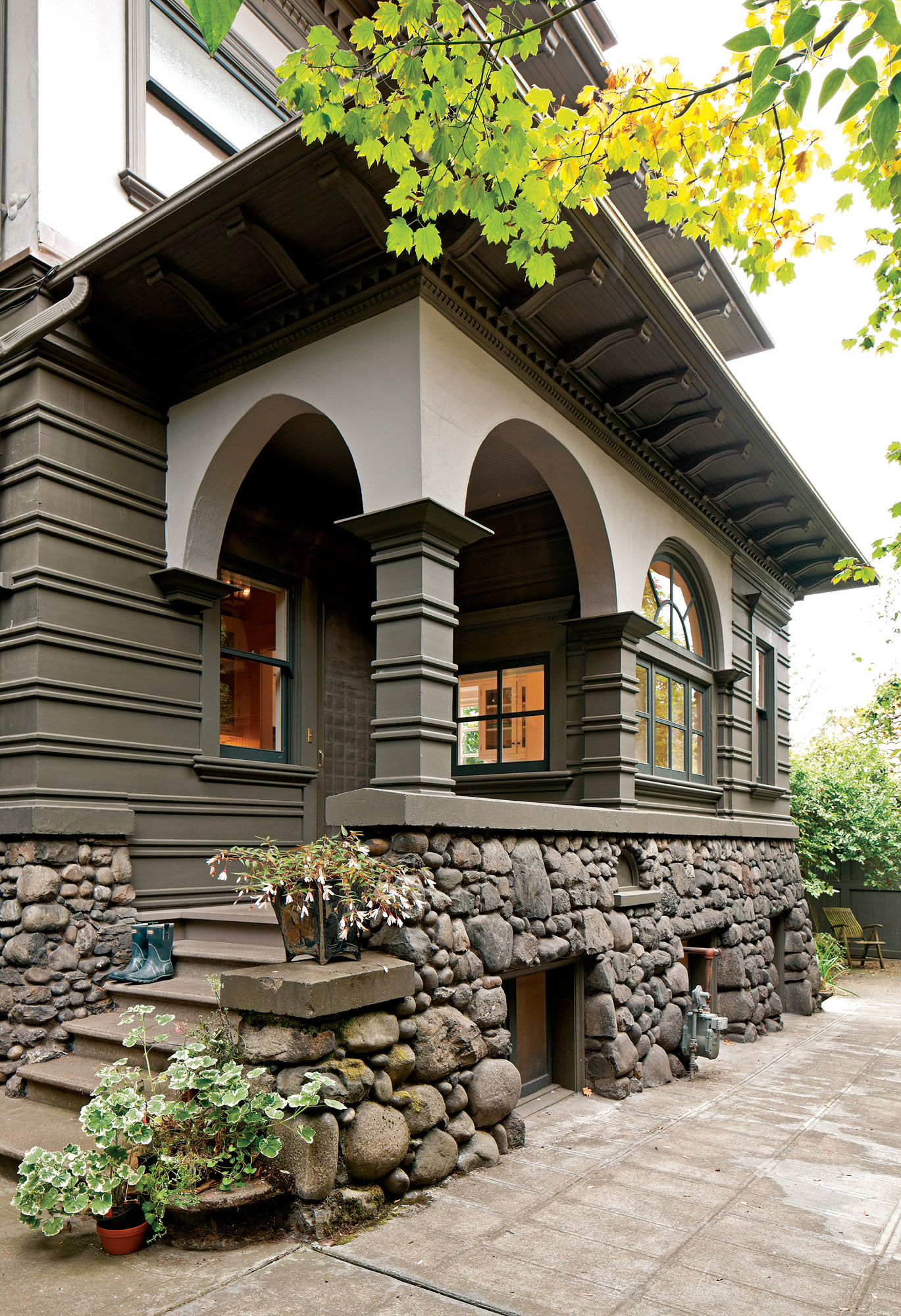 Creating An Exterior Paint Scheme Old House Journal Magazine