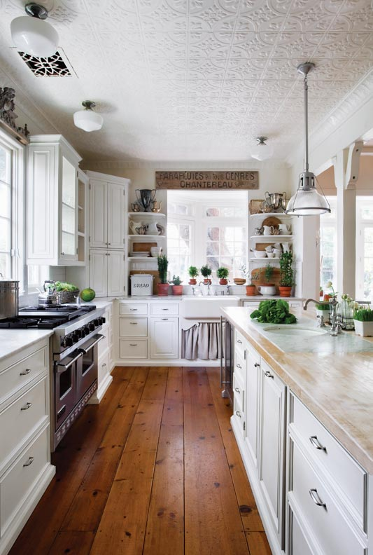 Period details are subtle in this casual cottage kitchen.