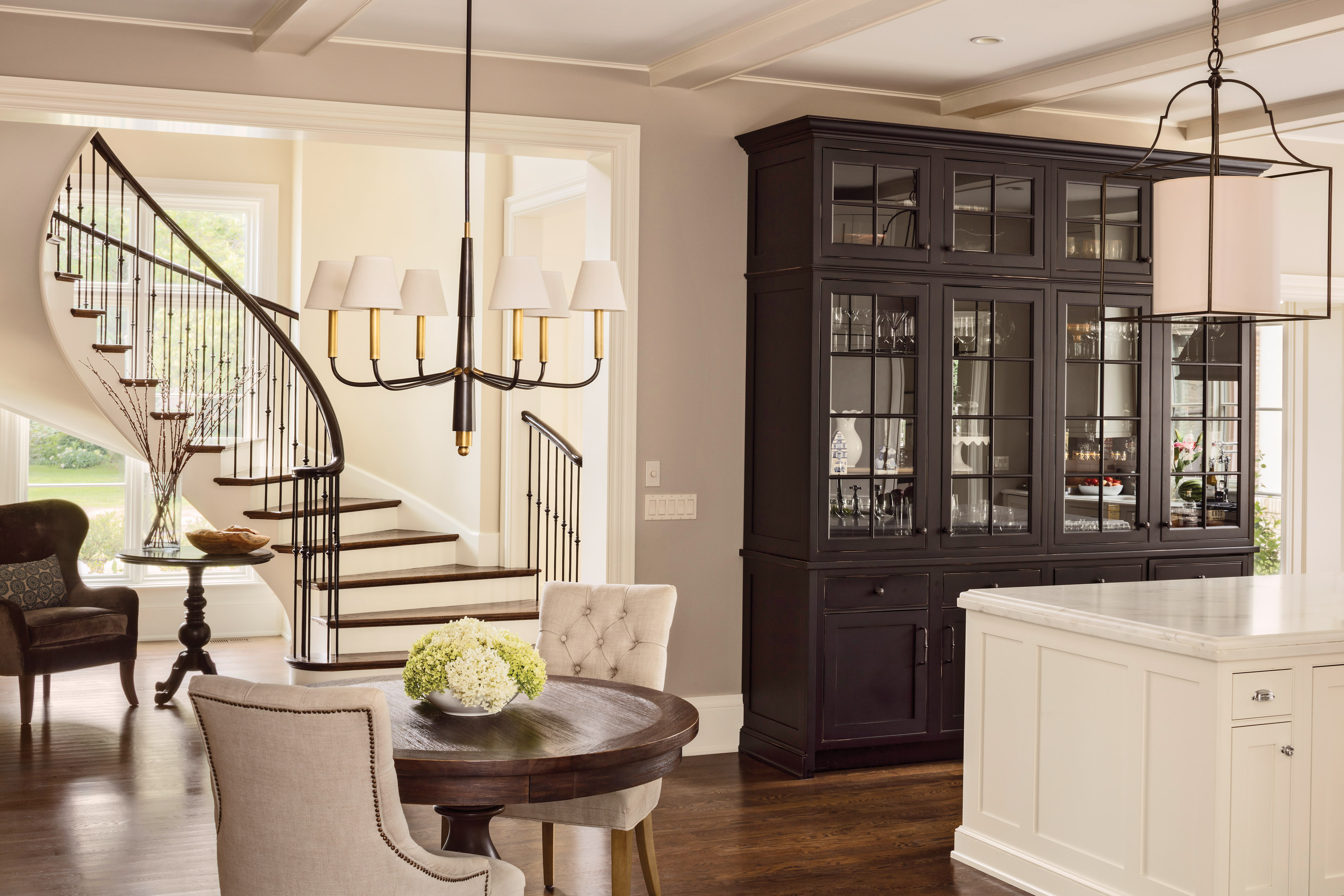 custom black hutch