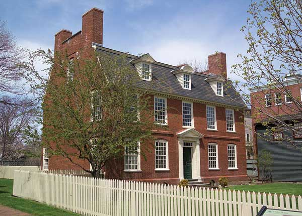A 1762 Georgian, Derby House is the oldest brick house in Salem.