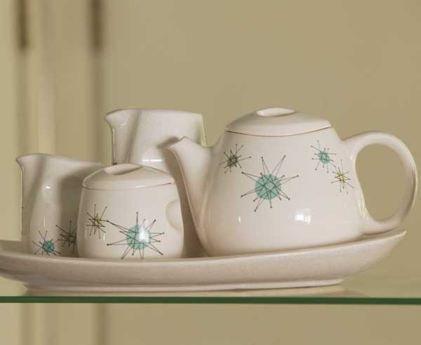 A 1950s Franciscan tea set with aqua 'Starburst' pattern.