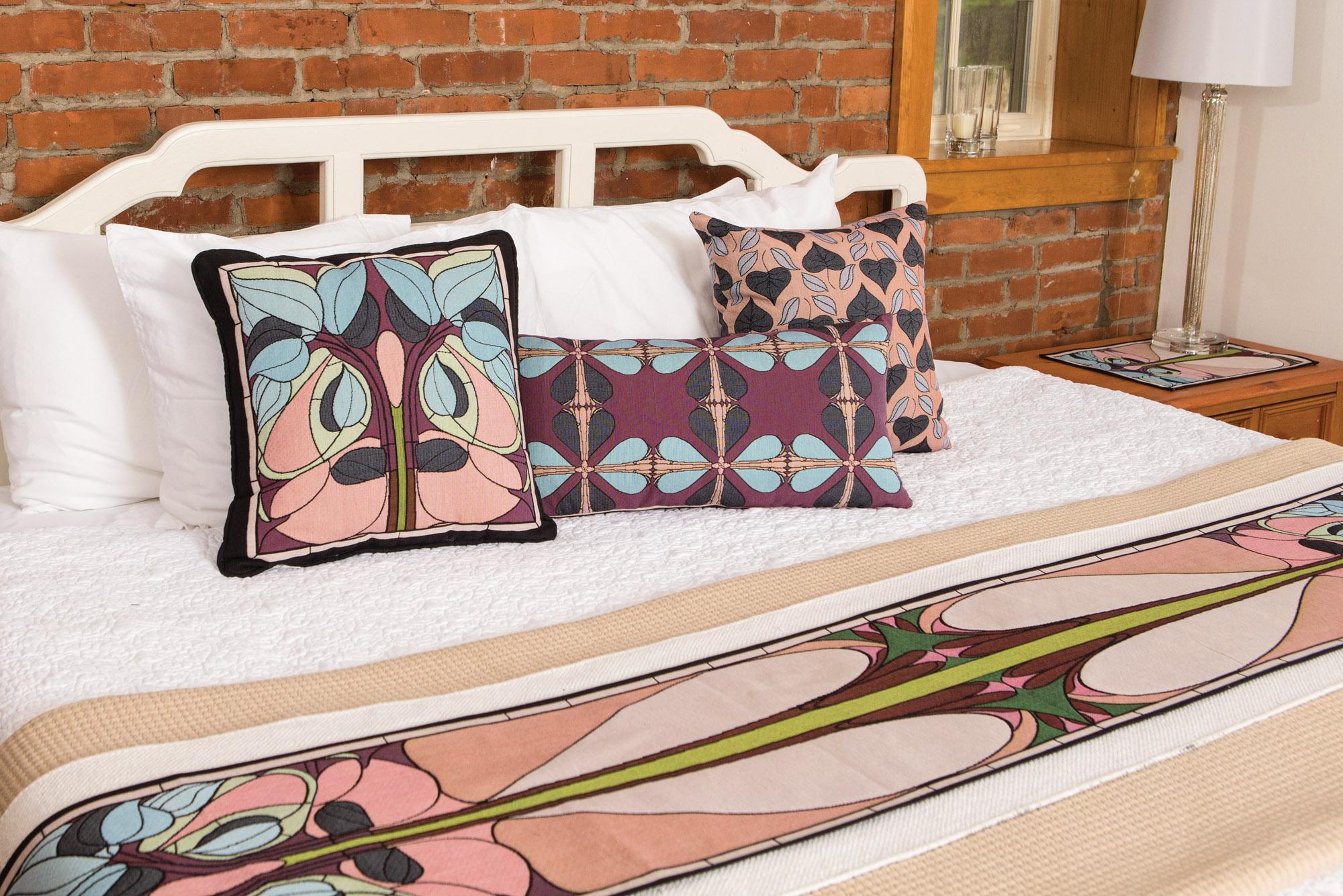 Homey Arts & Crafts