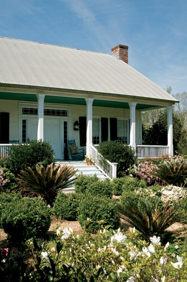 Although Sunnyside Plantation needed a major restoration, homeowner David Floyd saw its potential.