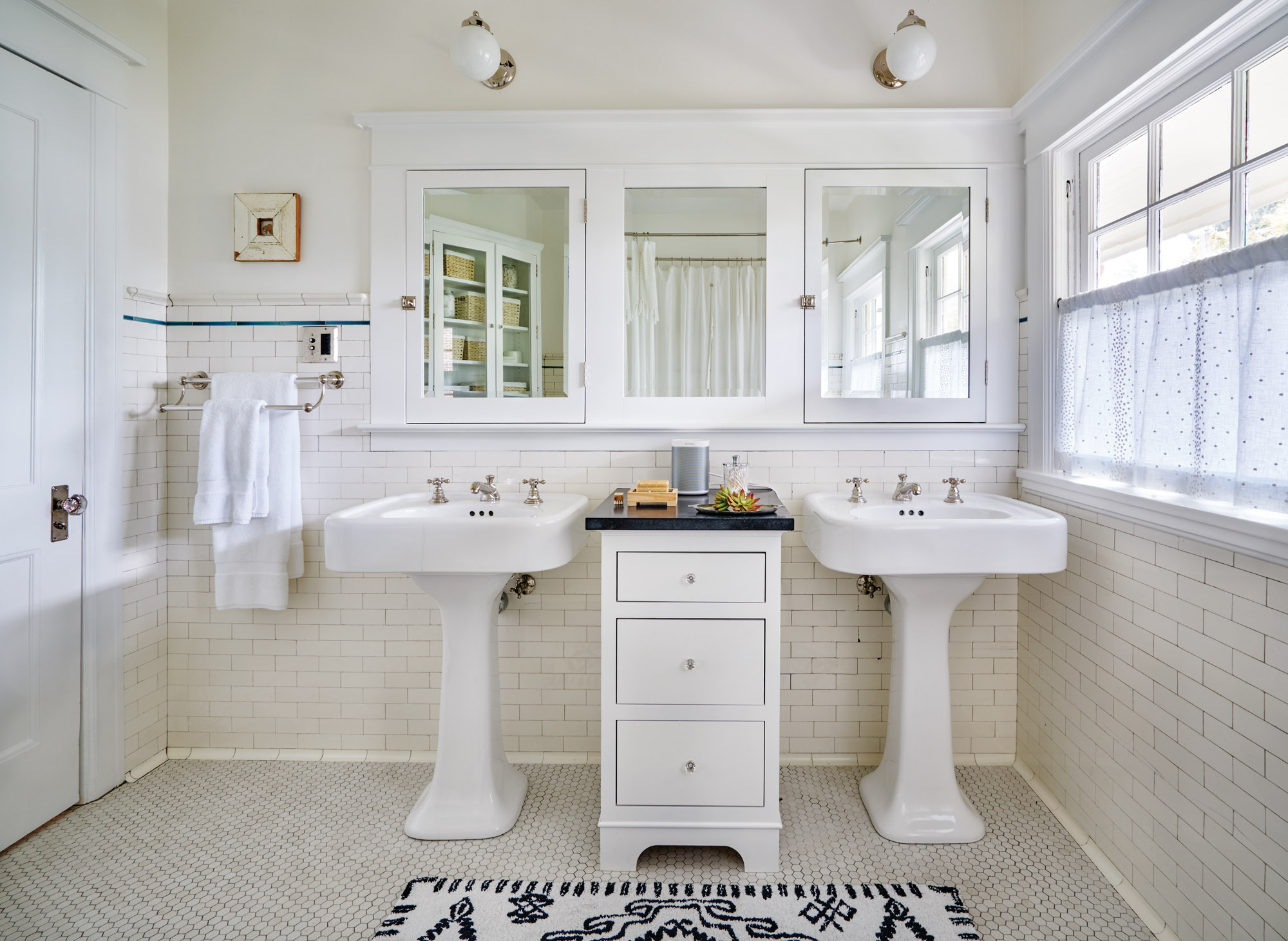 reproduction pedestal sinks