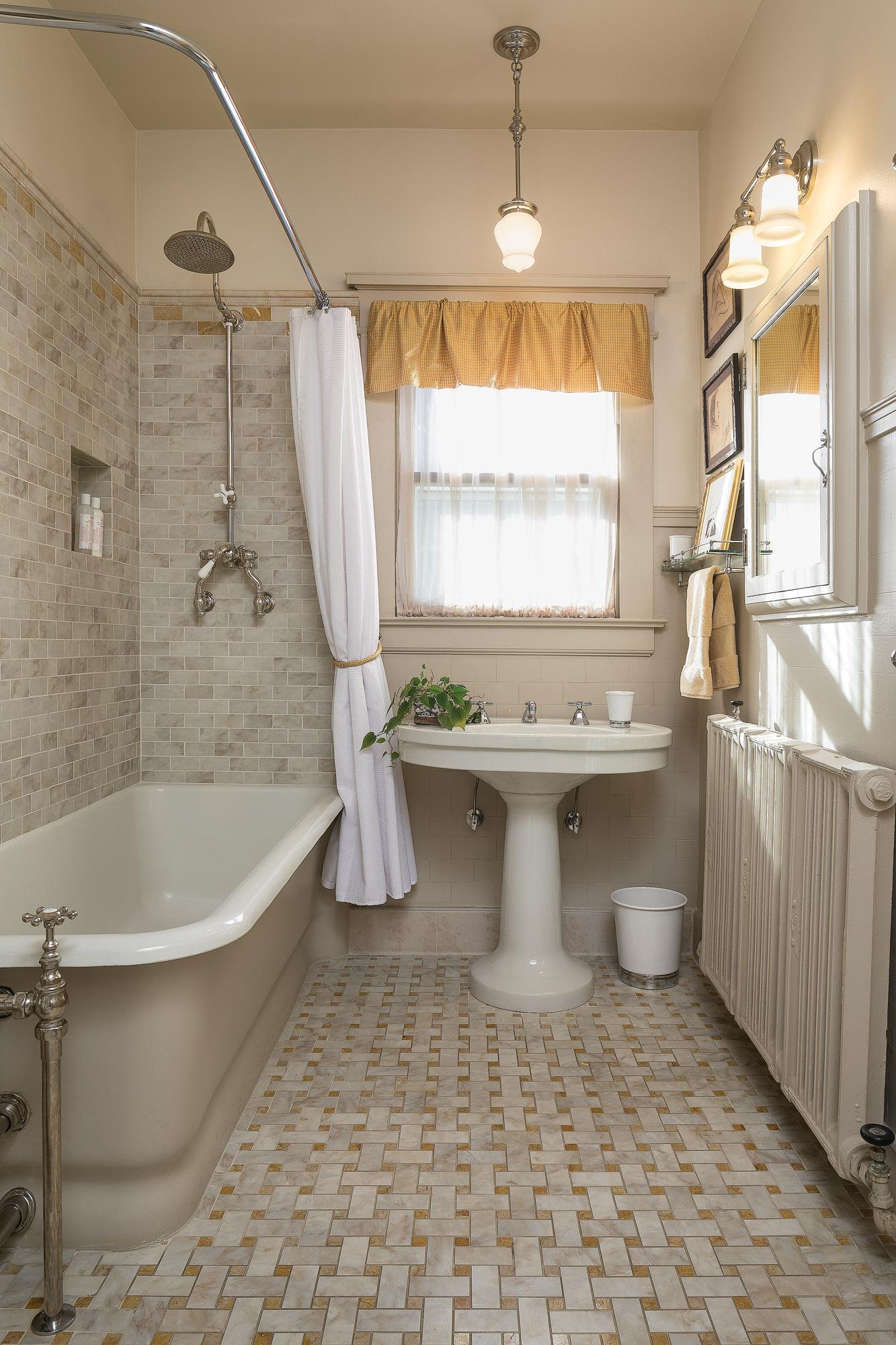 bath orig 20191029_ohj_rwhc_178_s