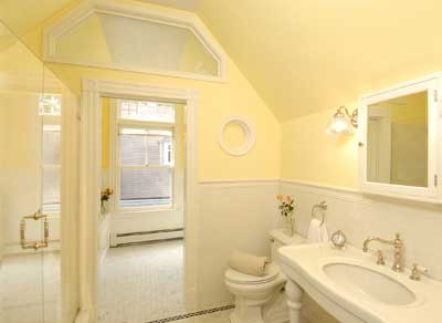 yellow Victorian bathroom