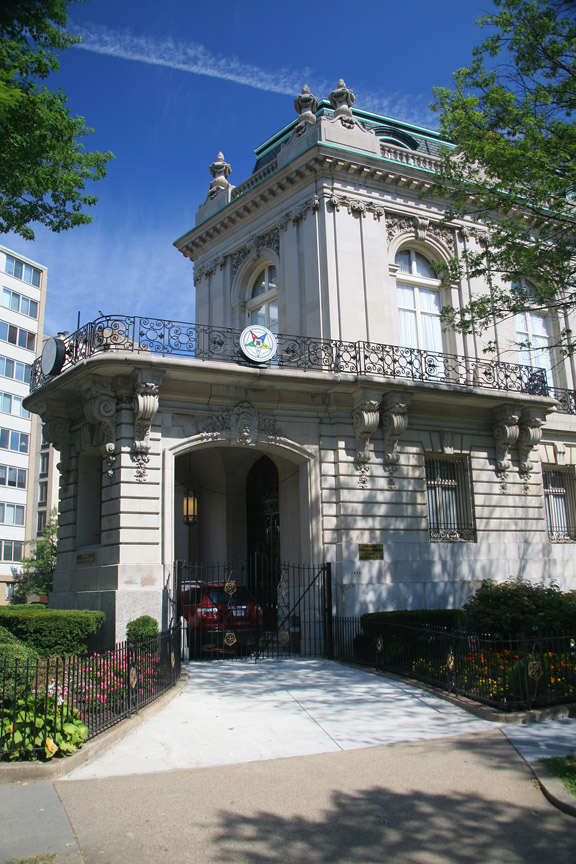 This 1909 mansion, home to the International Eastern Star Temple, was designed by Eugène Sanson and Horace Trumbauer.