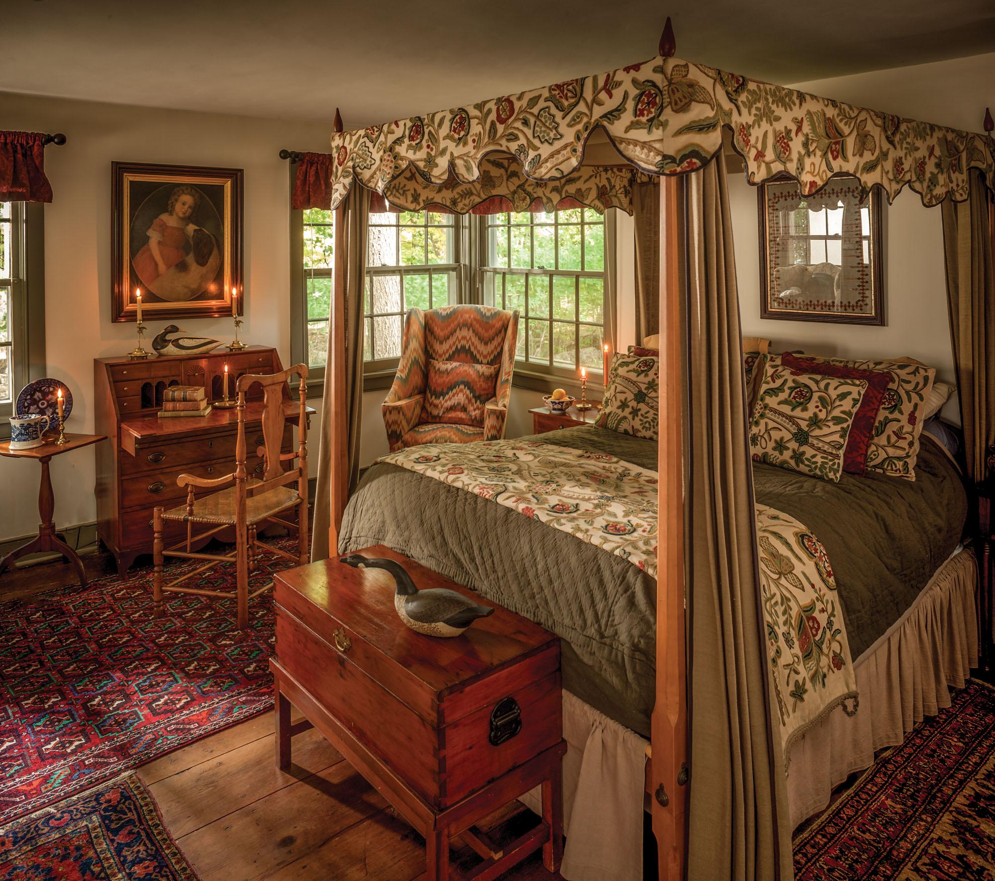 Colonial-era bedroom, canopy bed