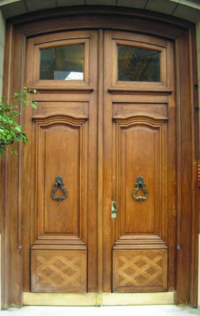 Double doors made their mark in Victorian styles. (Photo: Borano)