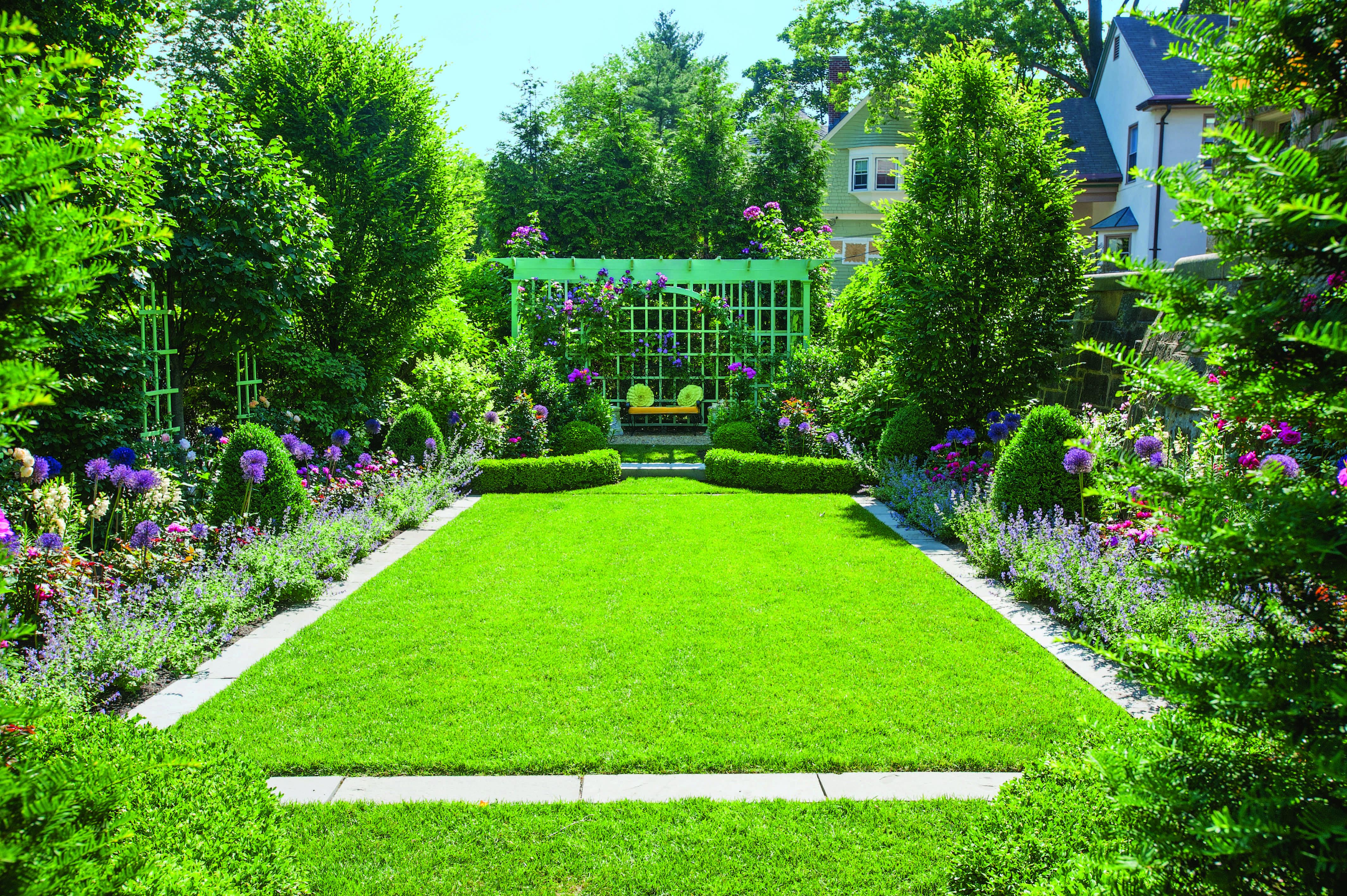 old house garden