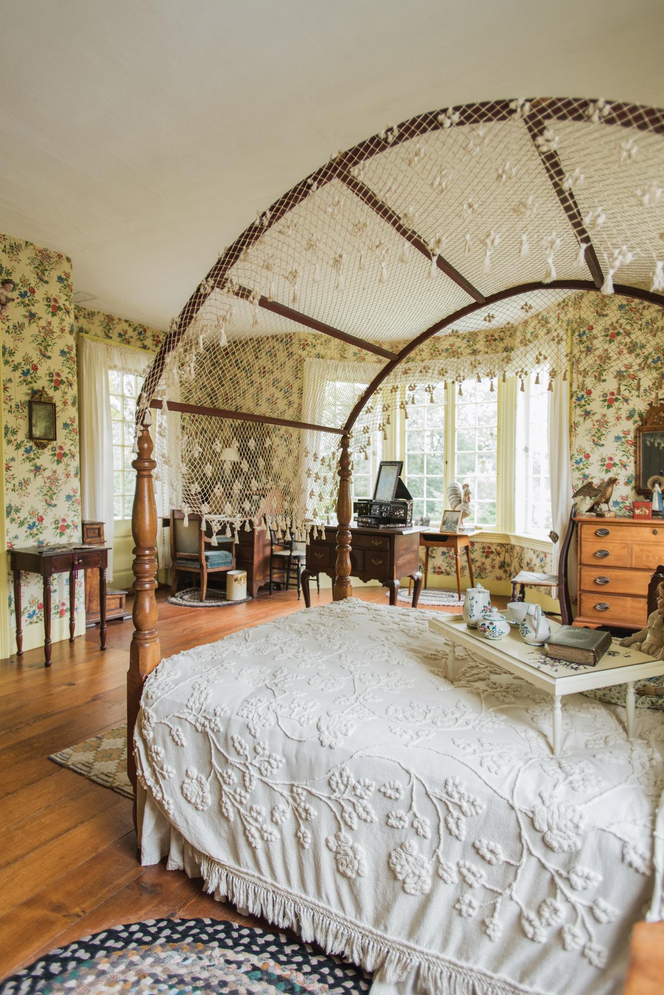 Bellamy-Ferriday bedroom, canopy bed