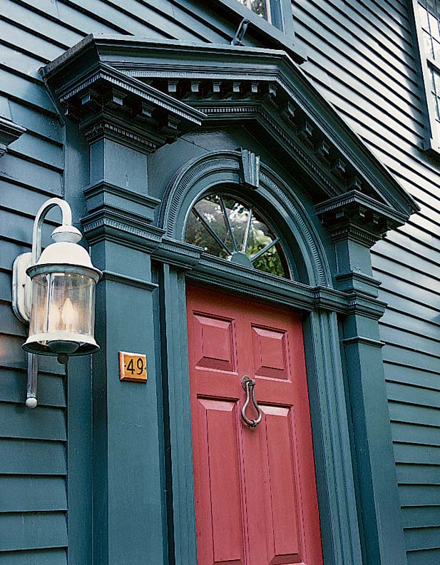 Paint palettes for colonial colonial revival houses for Colonial exterior paint colors