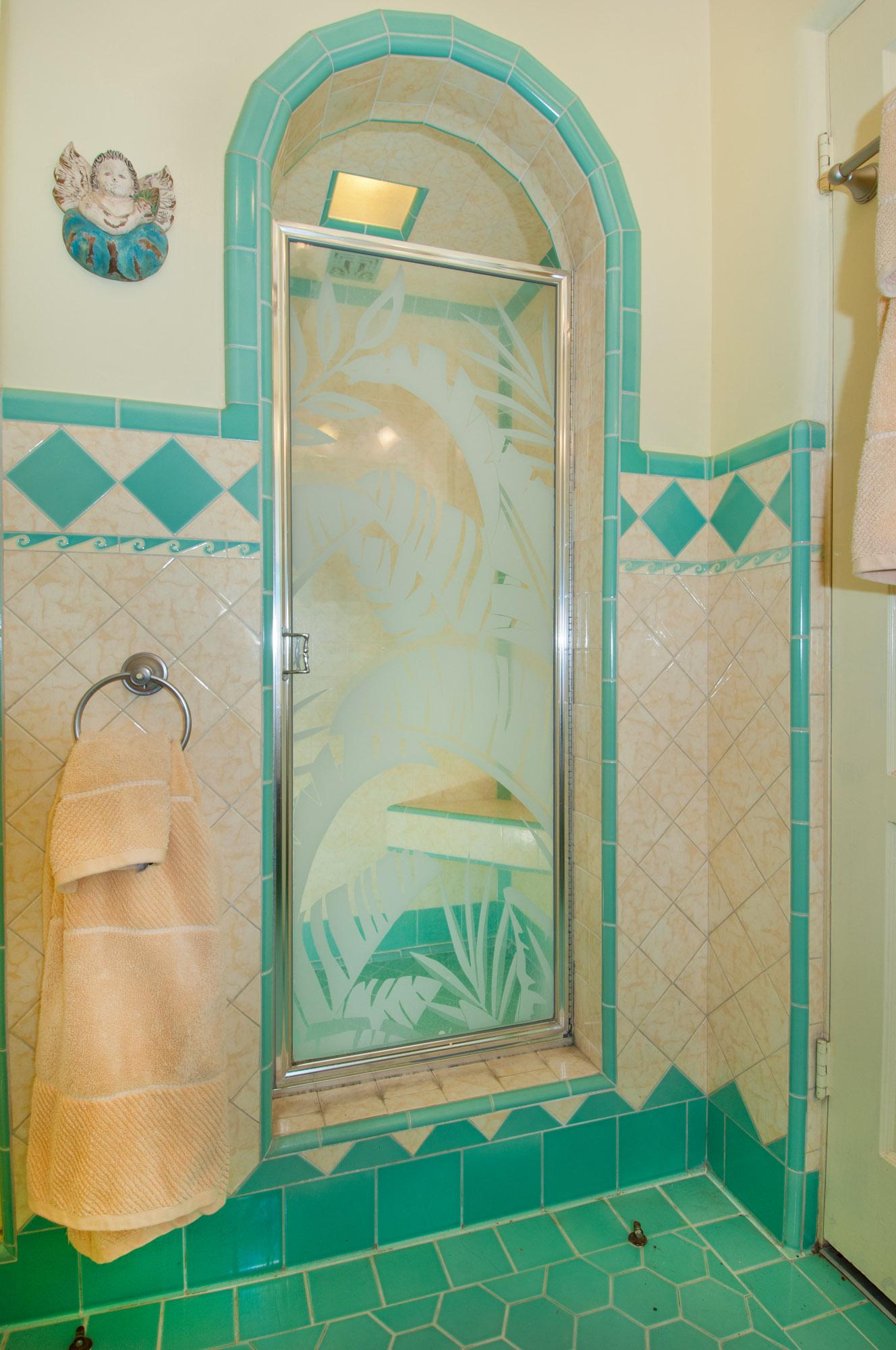 "Spanish ""hacienda"" bungalow bathroom"