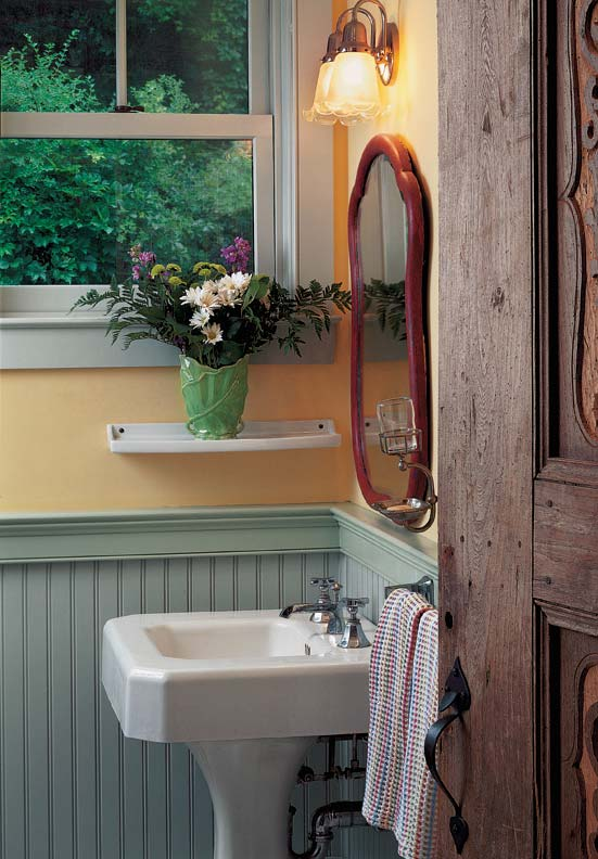 country-wainscot-ideas-cottage-beadboard