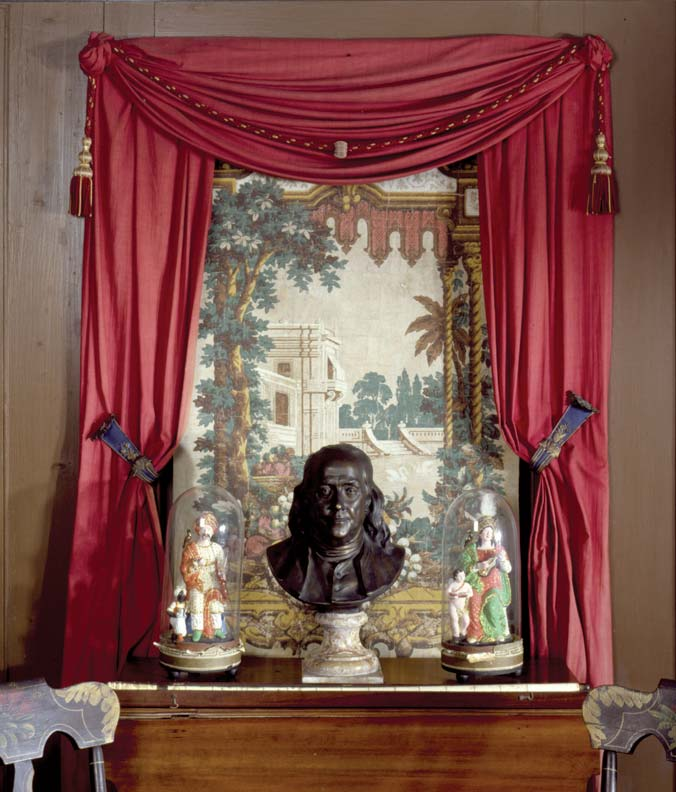 The flexible brass bands securing the curtains at Beauport Mansion in Gloucester, Massachusetts, were a mid-century alternative to tiebacks and pins.