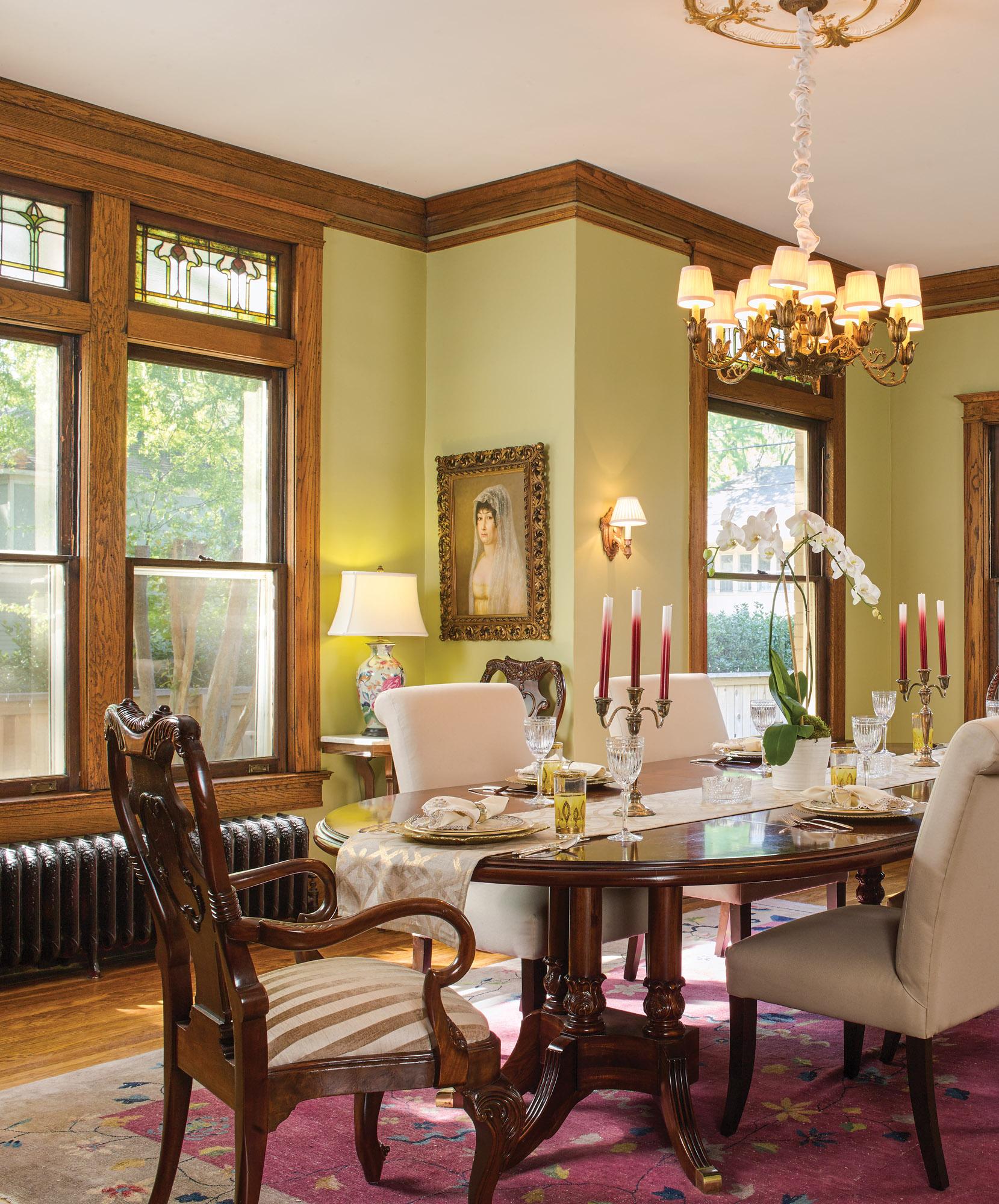 Prairie Foursquare dining room