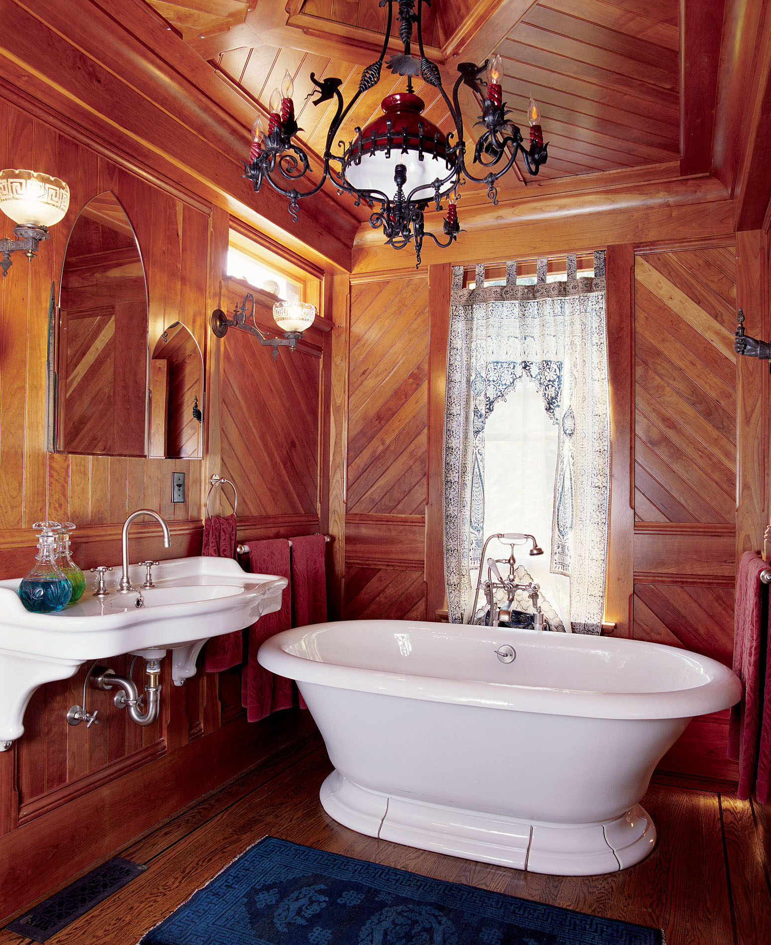 victorian bathtub