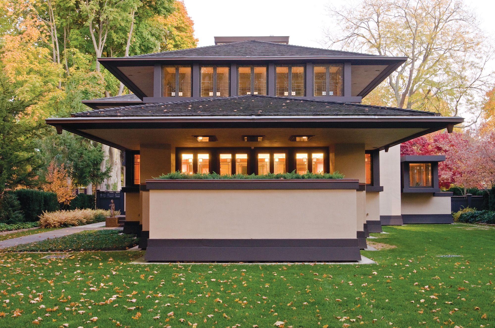Frank Lloyd Wright Prairie School home