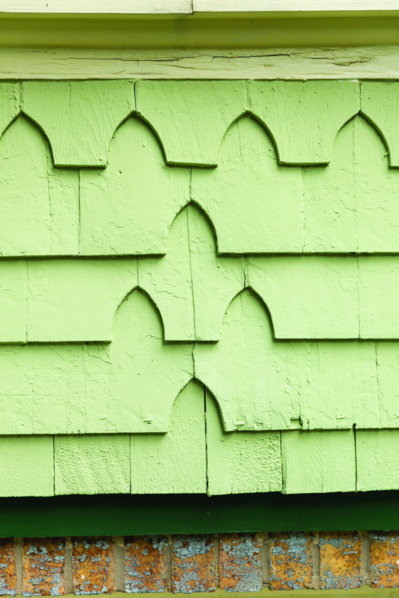 Restorated Queen Anne shingles