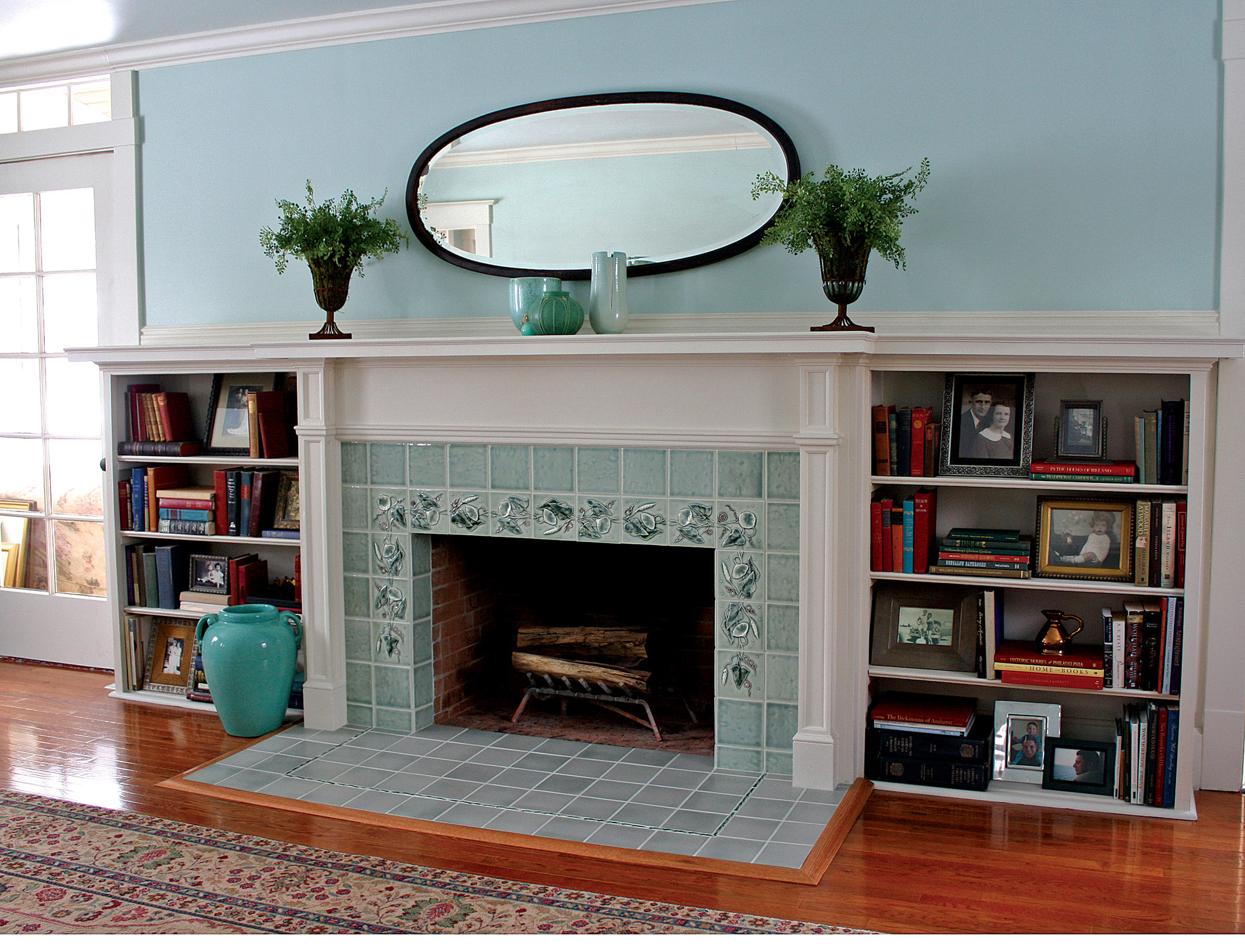Arts & Crafts fireplace tile