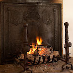 fireplace-dos-donts-fireback_2