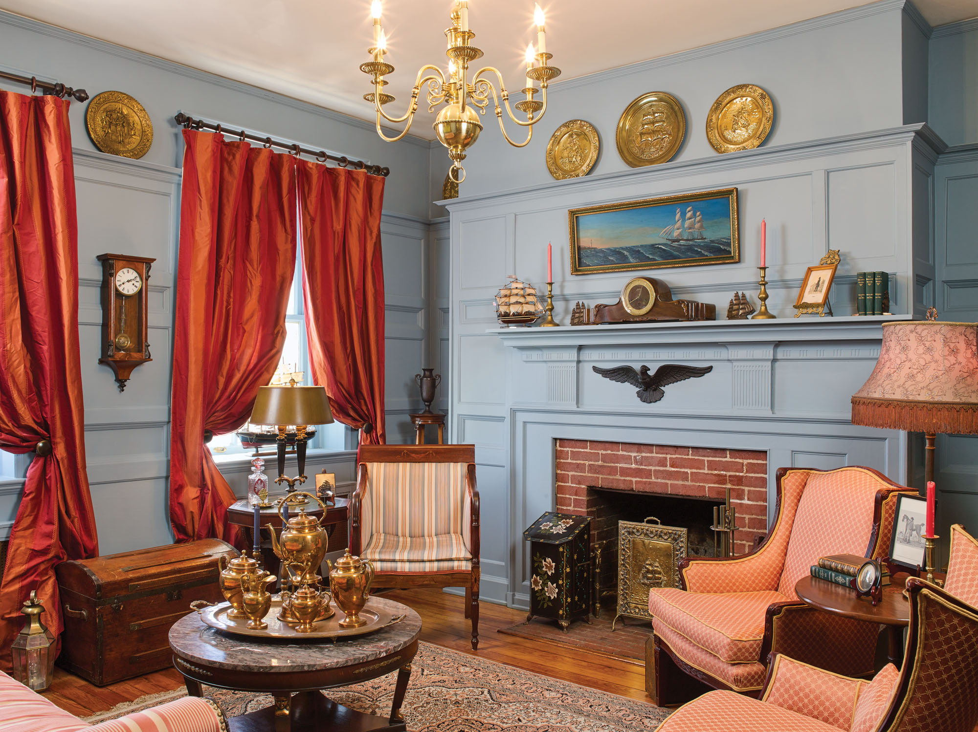 Blue Room parlor at Forest Oaks
