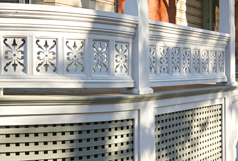 Pattern Elaborate ornament, like lacy panels cut on a scroll saw, is a signature of the Queen Anne porch.
