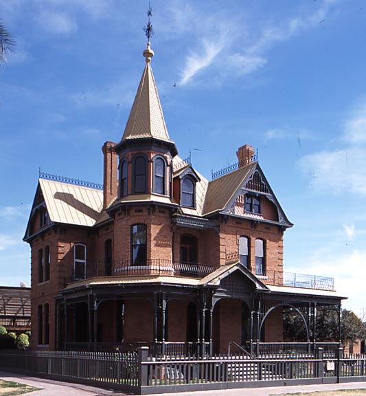 High Victorian houses like the 1895 Rossen House in Phoenix, Arizona, were seriously underappreciated only a generation ago.