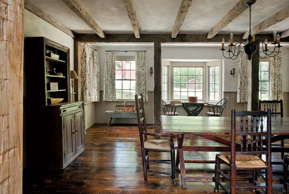 greek-revival-addition-diningroom