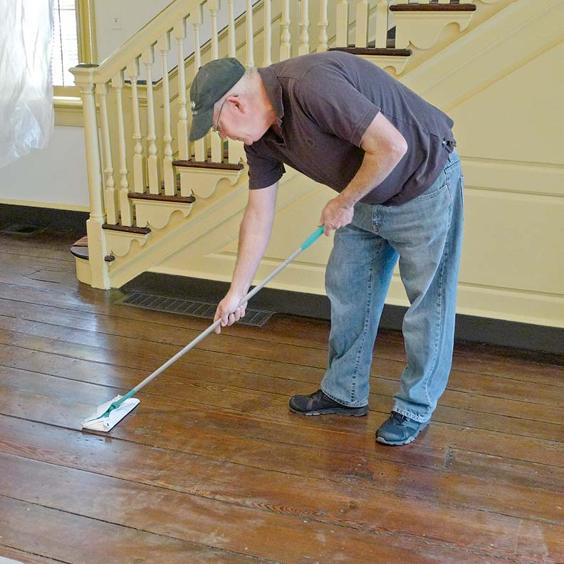 How To Hand Se Wood Floors Old