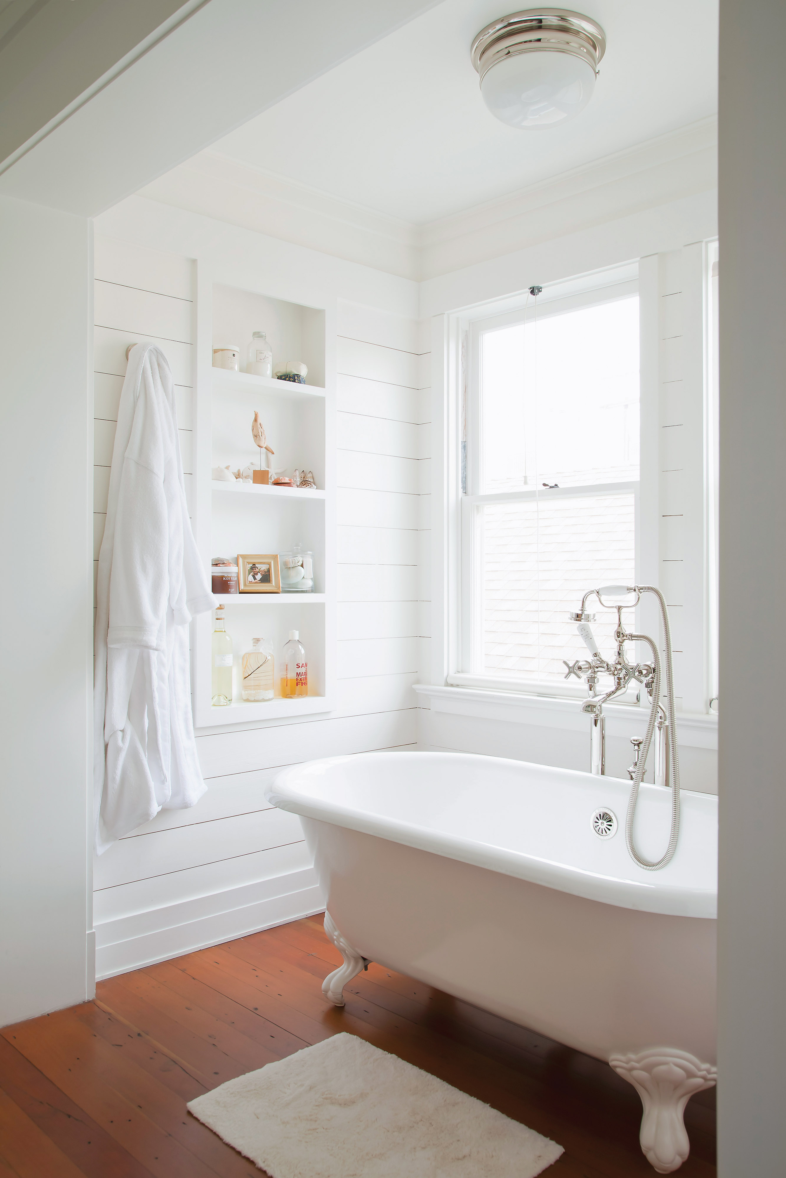 bungalow bath